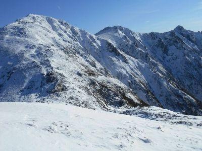木曽駒ヶ岳は雪稜の彼方