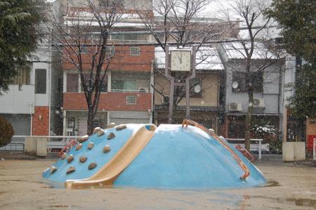 雪の大阪8