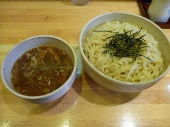 つけ麺(大盛無料)