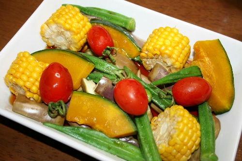 夏野菜の麺つゆ和え
