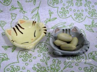 猫の豆皿2