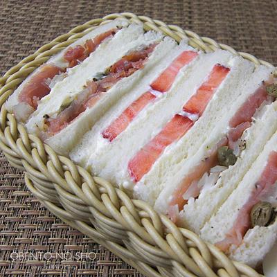 マスカルポーネの苺サンド弁当02