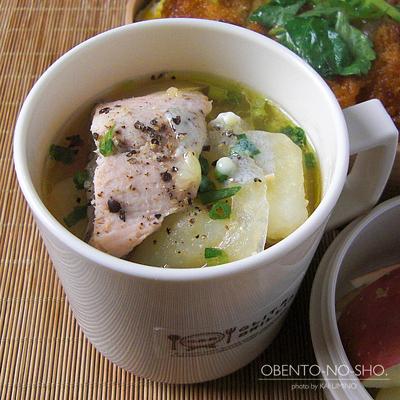 カツ丼&秋鮭の味噌汁弁当02