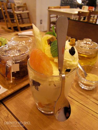 豆腐パフェ@はらドーナッツ+cafe