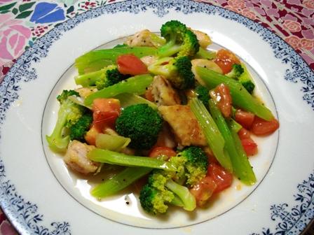 カジキと野菜のオリーブオイル炒め