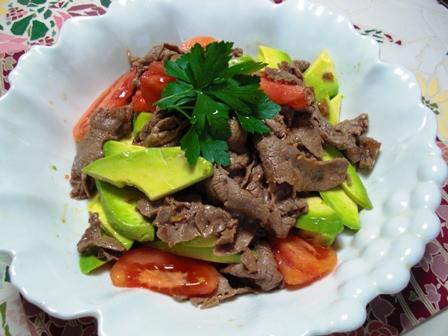 アボトマ牛肉のサラダ