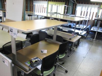 テーブル 2