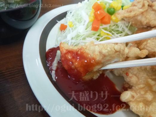 飯岡れすとらん味っ子で鶏の唐揚げ定食025