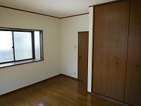 ハウスコーシン203洋室