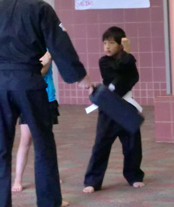 karate07181101.jpg