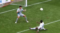 Spurs-goal-crop.jpg