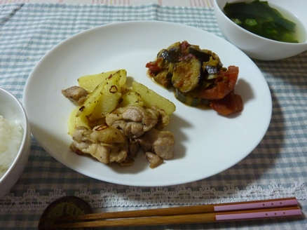 鶏肉とポテトのガーリック炒め