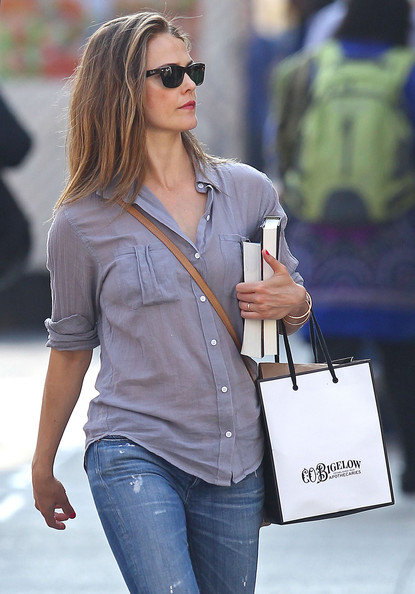 Keri+Russell+Out+Shopping+New+York+5TyWmWv02uPl.jpg