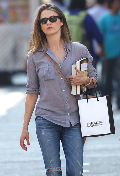 Keri+Russell+Out+Shopping+New+York+9nWJa9SB2-Rl.jpg