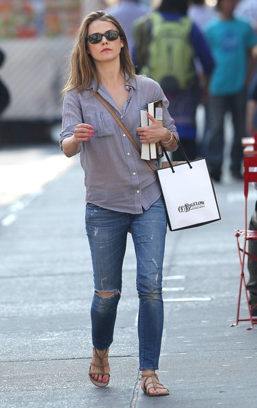 Keri+Russell+Out+Shopping+New+York+c8eEE8-e56kl.jpg
