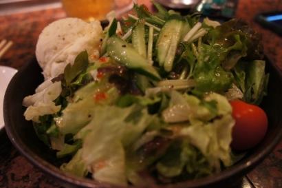 お肉の前にサラダもキチンと食べました!