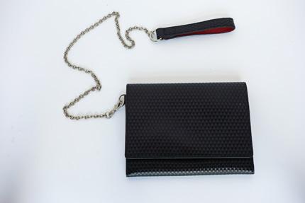 ウォレットチェーン付き財布