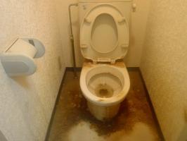 作業前のトイレ