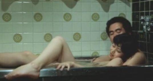 【石田えり】浴槽でおっぱい揉まれて感じまくり