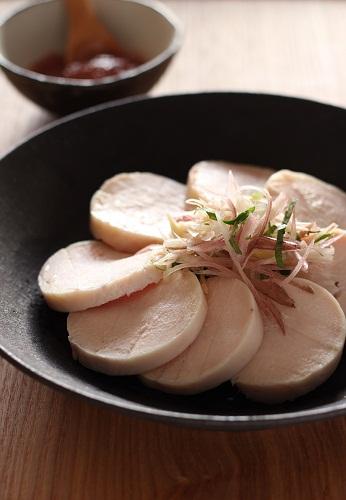 鶏ハム梅肉ソース