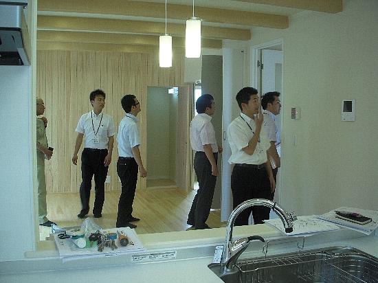 H22年6月2日撮影 030 生協チェック550
