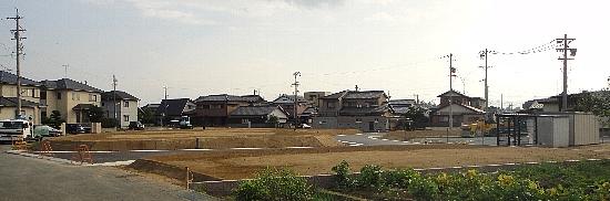 H22年10月15日ファミリータウン垣鼻・大津 写真 004 550