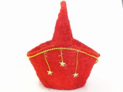 星と金の飾りが付いた赤い色のカゴ 正面