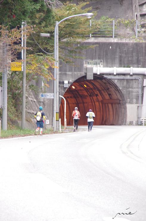 羅生トンネル前