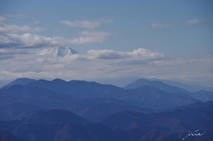 陣馬山より富士山