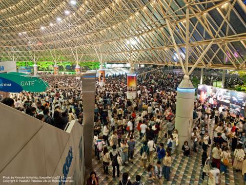 "YUKI LIVE 2012.5.6 東京ドーム""SOUNDS OF TEN""退場の様子"