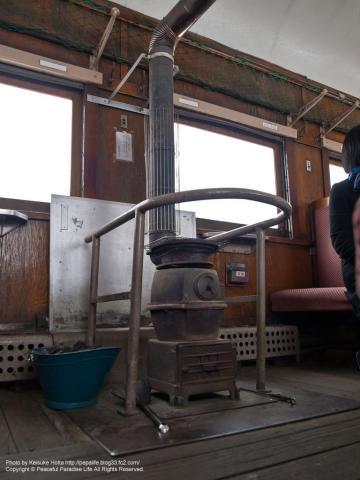 津軽鉄道線、ストーブ列車のストーブ(青森県)