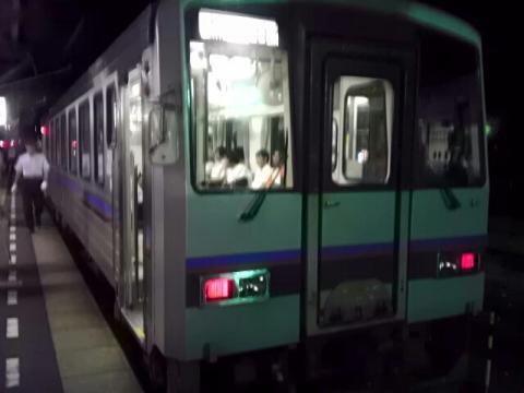 長門市駅で乗り換えた列車