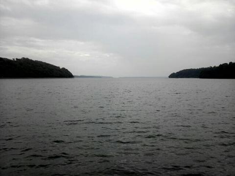 穴水駅近くの海