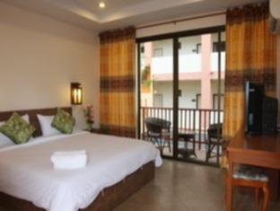 カタ シルバー サンド (Kata Silver Sand Hotel)