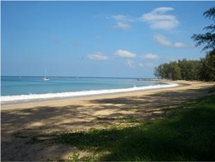 ナイヤン ビーチ リゾート (Nai Yang Beach Resort)