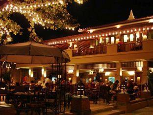 トロピカ バンガロー ホテル (Tropica Bungalow Hotel)