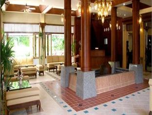 ポッパ パレス ホテル (Poppa Palace Hotel)