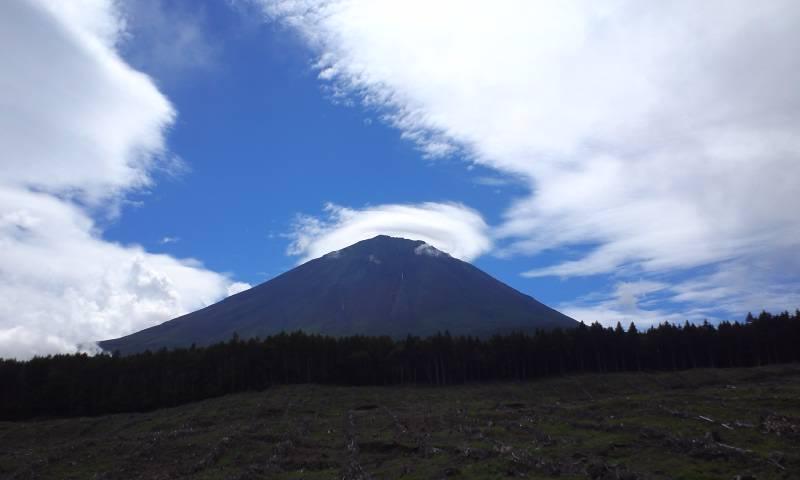 富士山レンズ雲
