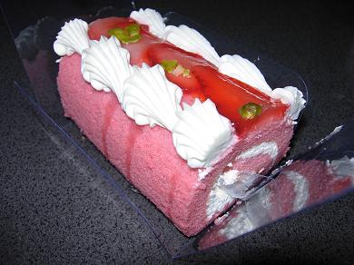 ミニロールケーキ苺