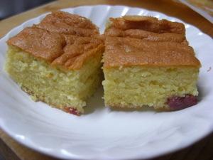 ドライイチゴのケーキ