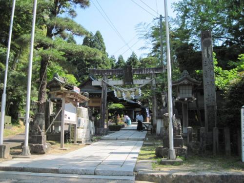 三吉神社参道