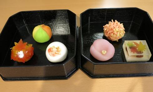 19)季節のお菓子が選べます