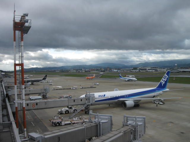 福岡空港 20111022 の2
