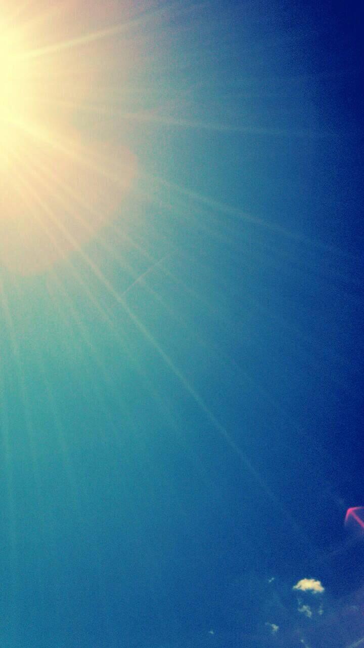 ミーママ撮影の夏が終わりを告げた空と太陽5