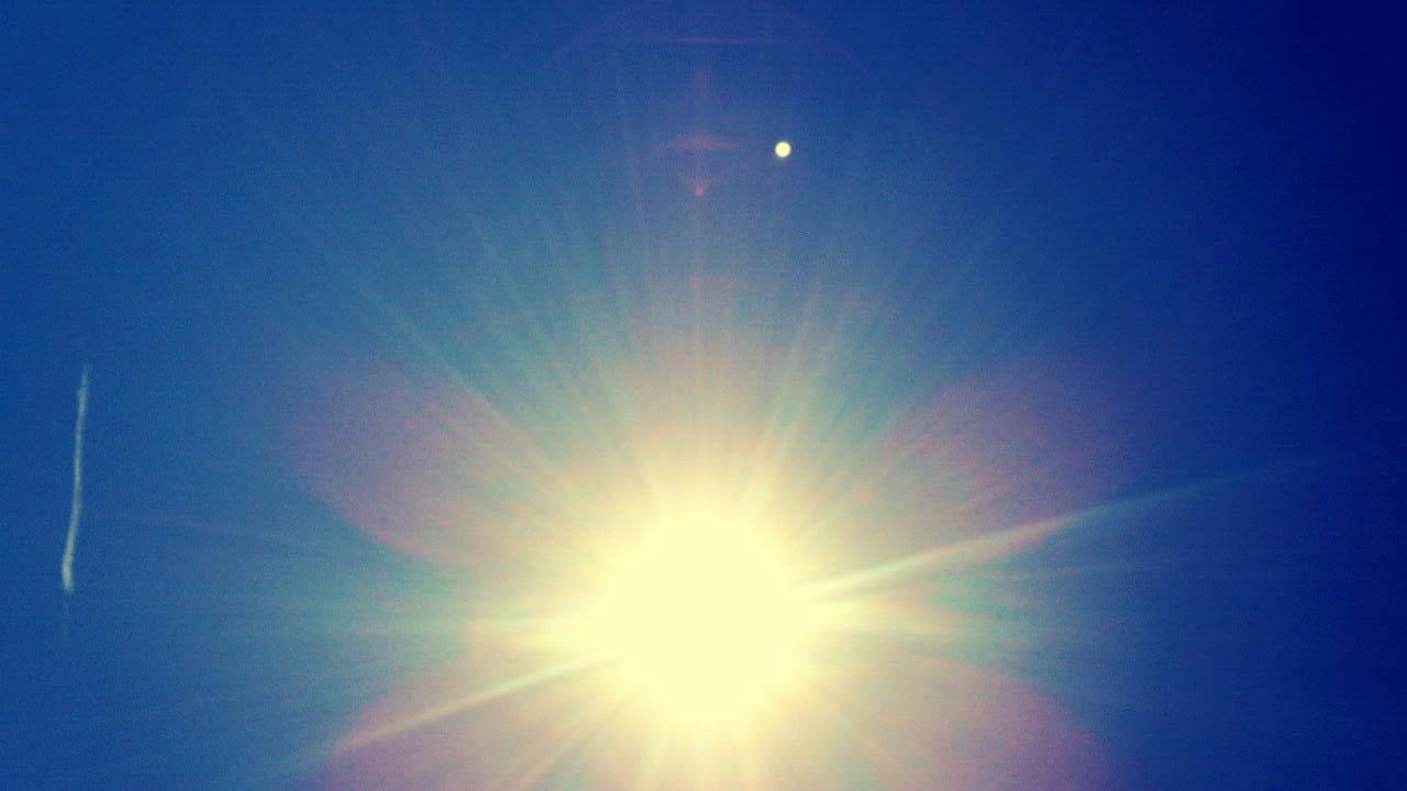 ミーママ撮影の夏が終わりを告げた空と太陽6