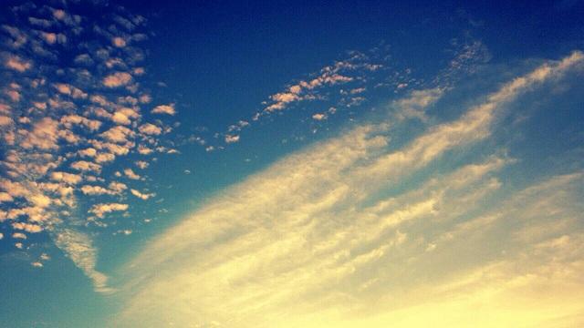ミーママ撮影の夏が終わりを告げた空と太陽11