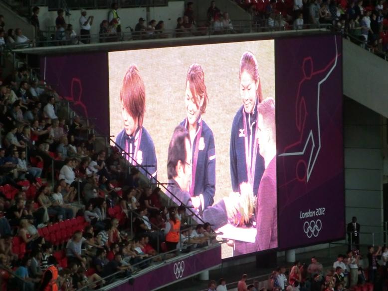 メダルスクリーン
