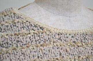 2011 母セーター 襟元