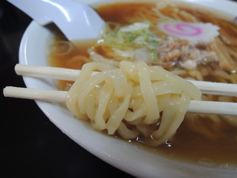 醤油かけらーめんの麺