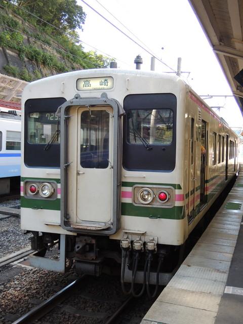 水上駅の高崎行普通(732M)(JR東日本107系)